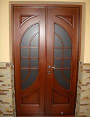 Двері вхідні дерев'яні