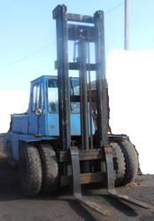 Продаем вилочный колесный автопогрузчик Львовский,  модель 40810,  г/п 5 тонн,  1989 г.в.