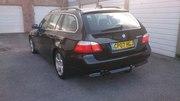 BMW E60 крило бампер капот фара дверь