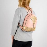 Городской стильный , кожаный рюкзак - для модных женских образов