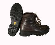 Тяжёлые треккинговые ботинки. Размер 39.5/25.5 см.