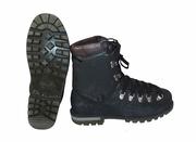 Пластиковые ботинки. Размер 41/26.5 см. Горный туризм,  альпинизм.